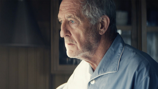people-can't-stop-sharing-this-holiday-ad-about-an-aging-man's-reason-for-getting-fit