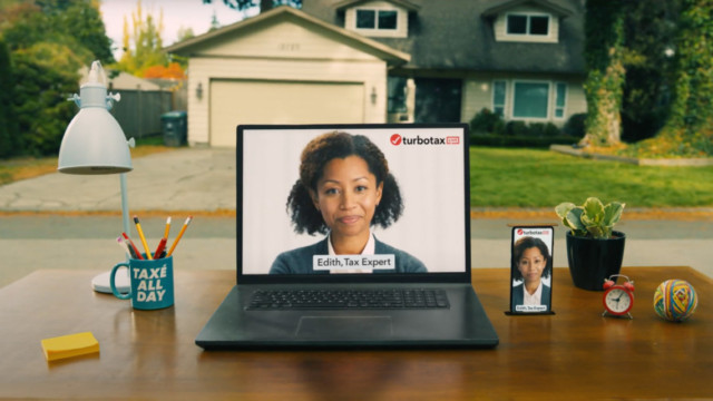in-turbotax's-2021-ad-push,-live-experts-are-omnipresent-during-filing-season