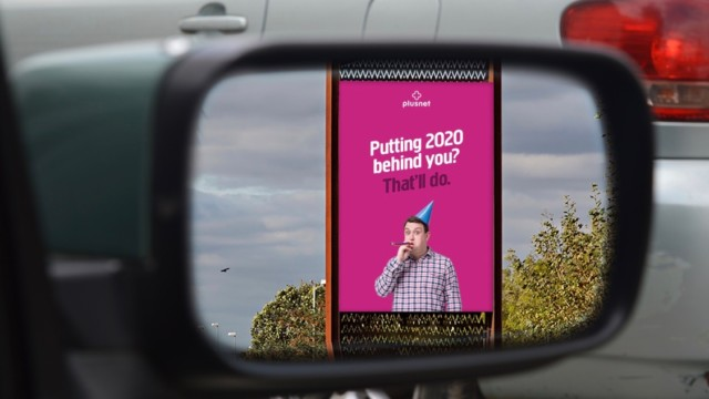 playful-ad-bids-farewell-to-2020-with-copy-that's-only-readable-in-your-rearview-mirror