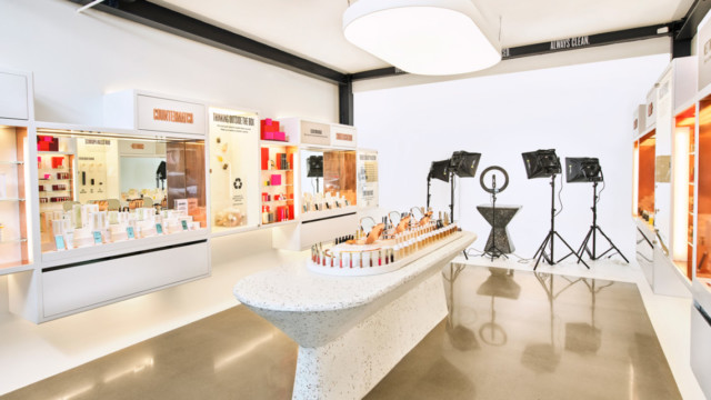 beautycounter's-new-store-is-all-about-one-of-retail's-biggest-trends-for-2021