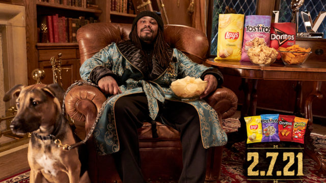 marshawn-lynch-is-only-1-nfl-star-among-many-in-frito-lay's-super-bowl-ad