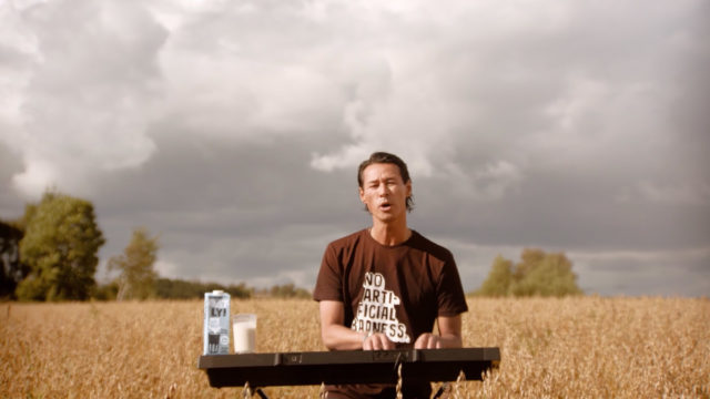 oatly's-ceo-wrote-that-song-in-the-brand's-first-super-bowl-ad