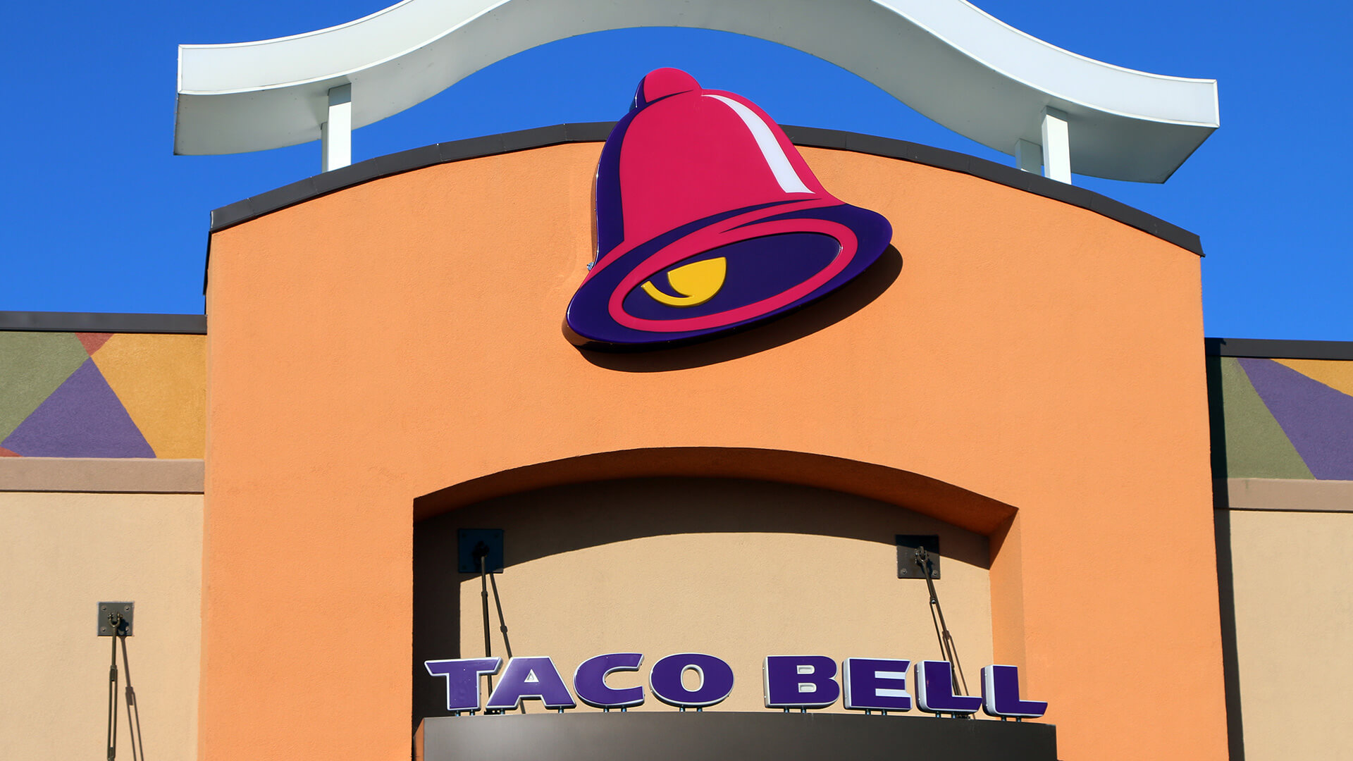 kfc,-taco-bell-tap-ai,-and-gaar-is-explained:-monday's-daily-brief