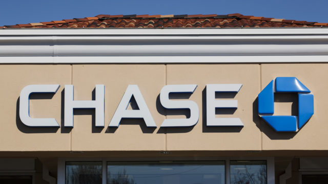 jpmorgan-chase-hires-linda-arrington-as-cmo-for-commercial-banking-unit