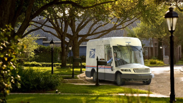 return-to-sender:-new-usps-delivery-trucks-receive-mixed-response
