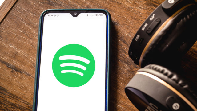 can-spotify-beat-clubhouse-at-its-own-game?