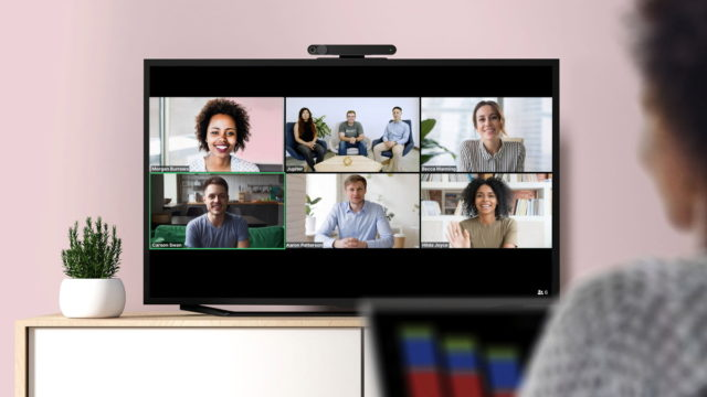facebook-portal-tv-video-calling-device-now-supports-gotomeeting,-zoom