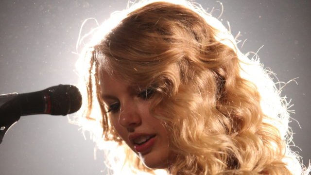 taylor-swift-previews-track-exclusively-on-tumblr