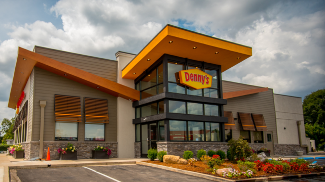 denny's-discusses-appointing-anomaly-as-creative-agency-of-record