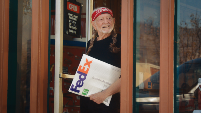 fedex-delivers-sustainable-actions-with-the-help-of-willie-nelson-in-new-ad