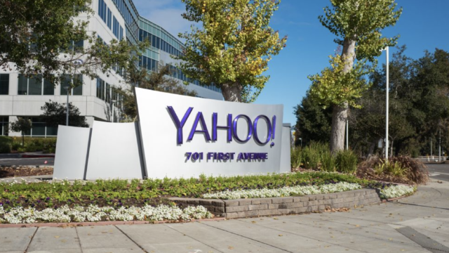 verizon-sells-aol-and-yahoo-for-$5-billion