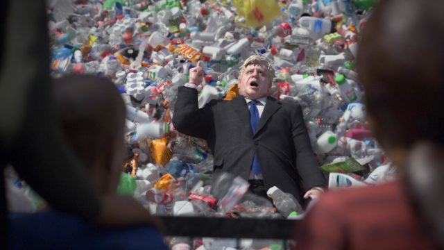 greenpeace's-protest-ad-aims-to-pressure-uk-into-plastic-waste-export-ban