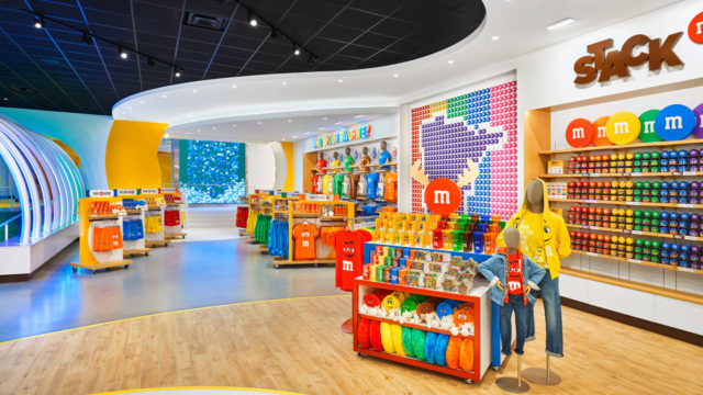 m&m's-bets-big-on-its-new-immersive-space-in-the-mall-of-america